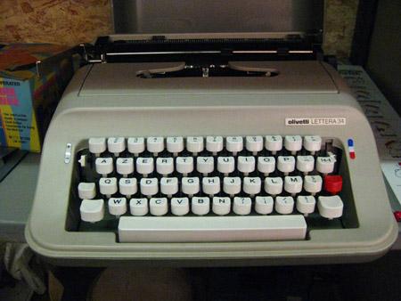 A Belgian typewriter